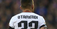 Hummels or Otamendi: Who should Manchester United sign?