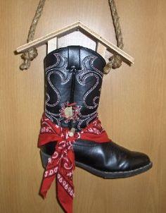 Cowboy Boot Birdhouses