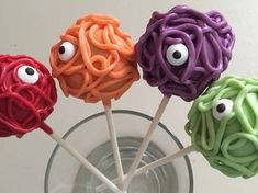 Monster Cake Pops Favors Halloween Party by PartyTimeChocolates
