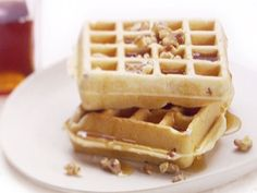 Pancetta and Cinnamon Waffles Recipe : Giada De Laurentiis : Food Network - FoodNetwork.com