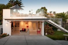 Garage of San Diego renovation by Architects Magnus.