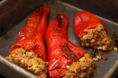 Mediterranean stuffed red peppers with bulgur :: Plate and Pour