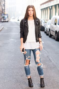 Editor's Pick: FashionCamp - The Daily Dose Women's Fashion, Fashion Outfits, Dose, Vienna, Editor, Style Me, Bomber Jacket, Outfit Ideas, Style Inspiration