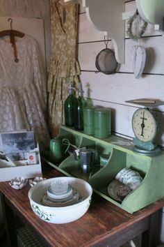 Brocante  Cottage Farmhouse! Yes! Love the green divided bin type piece.