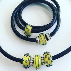 Setje met Zomerse kralen  past bij het zonnige weer 3995 Setprijs #glaskralen #beads #yellow #zomer #pkkreatief