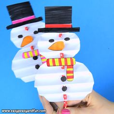 Accordion Paper Snowman Craft for Kids We have another wonderful snowman DIY tutorial to share with you, print out the template (or wing it) and make a fun looking … Bee Crafts For Kids, Spring Crafts For Kids, Toddler Crafts, Preschool Crafts, Diy And Crafts, Kids Diy, Craft Kids, Decor Crafts, Santa Crafts