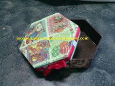 Caixa com textura na tampa com papel de decoupagem (coelhinhos/páscoa)
