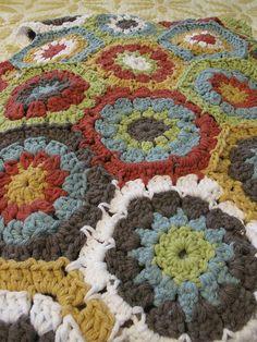 Colors Ravelry: myrtleandlucy's hexagon blanket
