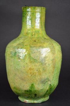 Chinese Apple Green Glaze Vase