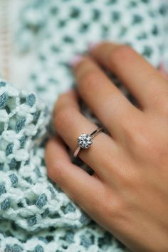 You can't go wrong with a classic solitaire engagement ring from @jamesallenrings!