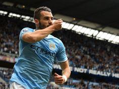 Negredo Football Celebrations, Manchester City, Queen Elizabeth, Premier League, Competition, Automotive News, Celebrities, Mens Tops, Play