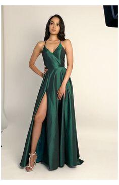 Plus Size Club Dresses, Dress Plus Size, Satin Dresses, Ball Dresses, Sexy Dresses, Green Prom Dresses, Summer Dresses, Wedding Dresses, Green Party Dress