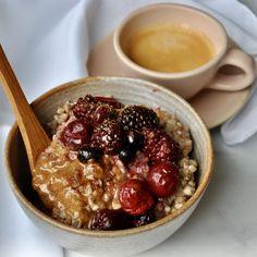 Healthy Vegan Breakfast, Healthy Eating, Porridge Recipes, Cereal Recipes, Delicious Vegan Recipes, Breakfast Time, Healthy Alternatives, Breakfast, Kitchens