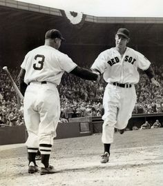 Ted Williams hits a homer on the day of the season. Williams is greeted by Jimmie Foxx. Get premium, high resolution news photos at Getty Images Nationals Baseball, Red Sox Baseball, Baseball Socks, Sports Baseball, Baseball Players, Baseball Cards, Baseball Uniforms, Sports Pics, Mlb Players
