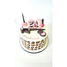 Makeup Birthday Cake Makeup Birthday Cakes, Cakes And More, Desserts, Food, Style, Tailgate Desserts, Meal, Stylus, Dessert