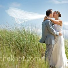 I'd almost consider a veil just to have pictures like this!