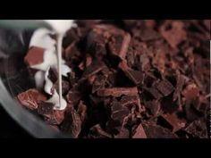 Orgásmica Pornografía - Chocolate Soufflés with Nougat Whip