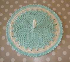 DIY on potato heater Crochet Kitchen, Crochet Home, Knit Crochet, Crochet Potholders, Crochet Doilies, Crotchet Patterns, Drops Design, Hot Pads, Crochet Designs