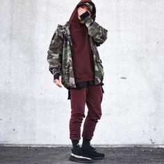 camoed out like im in the military.. today im wearing a darkbrown hoodie by @topman, jogger and basic under tshirt by @asos, camo jacket/cap by @zara, socks by @adidas traxion menance and shoes by @kanyewest 350 black/white good day everyone