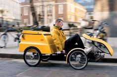 Four wheeled cargo cycle dhl