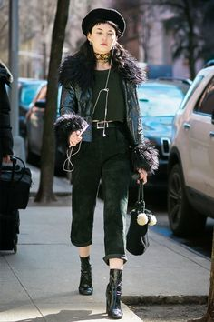 20 All-Black Outfit Ideas for Every Type of Style