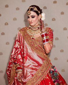 Indian Bridal Photos, Indian Bridal Fashion, Indian Fashion Dresses, Bridal Dupatta, Indian Bridal Lehenga, Wedding Lehenga Designs, Bridal Lehenga Collection, Indian Wedding Outfits, Wedding Dresses