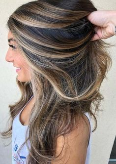 Balayage Hair Colors For Latest And Unique Hairstyles 2018 - King Nail Club - Brown Hair Balayage, Brown Ombre Hair, Brown Blonde Hair, Light Brown Hair, Ombre Hair Color, Hair Color Balayage, Brown Hair Colors, Cool Hair Color, Dark Brown Hair With Highlights And Lowlights