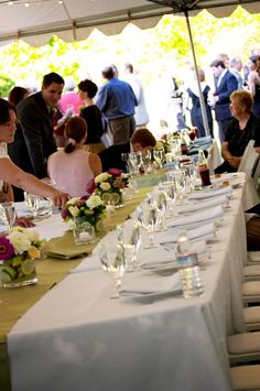 Backyard garden wedding in Oregon, white tabletop with colorful floral and lime green runner | Evrim Icoz Photography