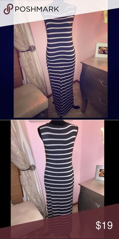 One clothing gray and white stripe maxi dress One clothing gray and white stripe maxi dress. Form fitting one clothing Dresses Maxi