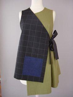 Chaqueta corta de cuello redondo de Kimono con el modelo abstracto
