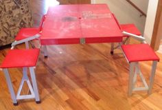Vintage-Portable-Picnic-Table-Chair-Folding-Suitcase-Camping-Set-Red