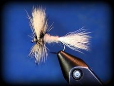 Fly Tying: White Wulff dry fly - YouTube