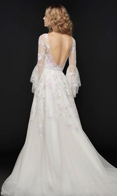 Featured Wedding Dress: Hayley Paige; www.jlmcouture.com/Hayley-Paige; Wedding dress idea.
