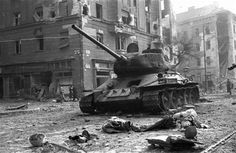 On This Day – In 1956 Soviet Union Brutally Crushed Hungary's Hope For Freedom And Independence – Photos & Video! T 34 85, War Photography, Red Army, Budapest Hungary, Soviet Union, World War Two, Historical Photos, Wwii, Hungary