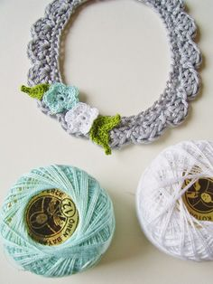 Not crocheted around a hoop, but just a circle of crochet, reinforced with cardboard on the back.