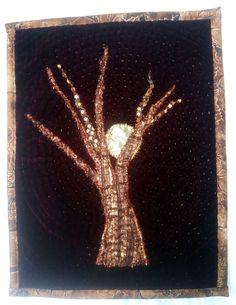 Tree on Velvet Quilt by Mariss Stevens. 33 x 25 cm Moth, Insects, Velvet, Quilts, Animals, Animales, Animaux, Quilt Sets, Animal