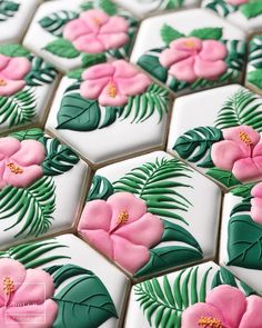 Gorgeous pink and green flower cookies for a party! Just going to leave these right here while it snows outside my window 🌺❄️ . Luau Cookies, Summer Cookies, Fancy Cookies, Iced Cookies, Royal Icing Cookies, Cookies Et Biscuits, Heart Cookies, Valentine Cookies, Easter Cookies
