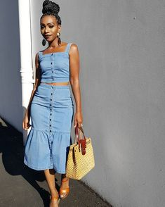 5,741 Followers, 1,197 Following, 500 Posts - See Instagram photos and videos from Ecstasy Models Streetstyle (@ecstasymodels) Black Women Fashion, Grey Fashion, Fashion Looks, Women's Fashion, Simple Outfits, Stylish Outfits, Fashion Outfits, Afro, All Jeans