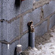 Comment monter des briques de verre comment - Monter une cloison en parpaing de 10 ...