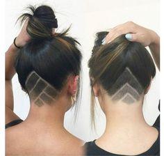 undercut triangle - Google keresés Undercut Hairstyles, Pretty Hairstyles, Curly Hair Styles, Natural Hair Styles, Hair Tattoos, Shaved Hair, Great Hair, Hair Dos, Hair Designs