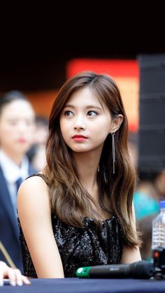Twice Tzuyu 周子瑜 Nayeon, Pretty Asian, Beautiful Asian Girls, Kim Na Hee, Seulgi, Chou Tzu Yu, Tzuyu Twice, Dance The Night Away, Korean Girl Groups