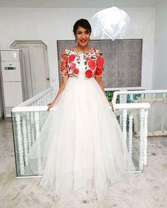Lakshmi Manchu in Koela by Mrunalini Rao Indian Long Gowns, Indian Wedding Gowns, Indian Gowns Dresses, Indian Long Frocks, Simple Gown Design, Long Dress Design, Stylish Dress Designs, Indian Designer Outfits, Designer Dresses