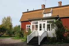 In this pretty little house in Vimmerby, Sweden Astrid Lindgren was born 14.11.1907 and died 28.01.2002 in Stockholm, Sweden. She was a famous author, mostely for children.