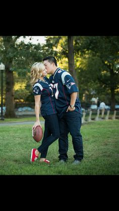 Engagement Picture. Football themed on the Boston Common. Patriots themed  @matchmadestudios