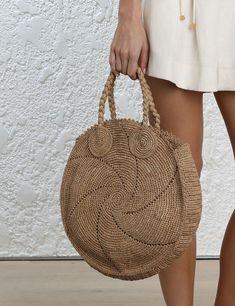 Knitting bag sewing pattern design New ideas Bag Patterns To Sew, Sewing Patterns, Diy Crochet, Crochet Bags, Hand Knit Bag, Sacs Design, Crochet Shoulder Bags, Bag Women, Womens Designer Bags