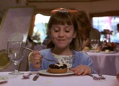 Discover & share this Mara Wilson GIF with everyone you know. GIPHY is how you search, share, discover, and create GIFs. Childhood Movies, 90s Movies, Iconic Movies, Great Movies, Movie Tv, Danny Devito, Mara Wilson, Roald Dahl, Movies Showing