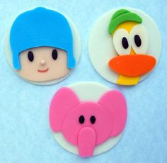 Pocoyo Cupcake Toppers Fondant Cookies, Fondant Toppers, Cupcake Cookies, Cupcake Toppers, Bolo Angry Birds, Cake Decorating For Beginners, Superhero Cake, Fondant Tutorial, Fondant Figures