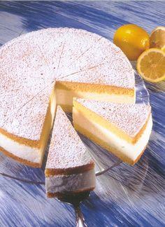 Käse-Sahne-Torte Rezept | Dr.Oetker Trifle Desserts, Cheesecake Recipes, Dessert Recipes, Easy Cookie Recipes, Sweet Recipes, Baking Recipes, Torte Au Chocolat, German Baking, Tasty Bakery