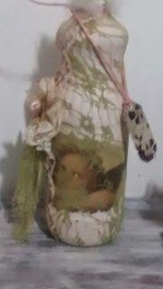 Diy Vintage , Shabby Chic , Retrô e Reciclagem: Garrafa Shabby Chic Rendada  com Anjos... Vejam as...