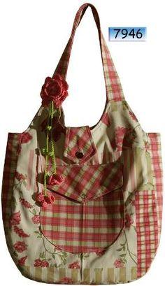 Bolsa Em Cotton Patchwork Vinho/salmão - R$ 60,00